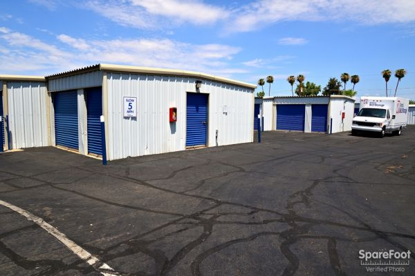 Central Self Storage - 67th Ave 7118 N 67th Ave Glendale, AZ - Photo 5