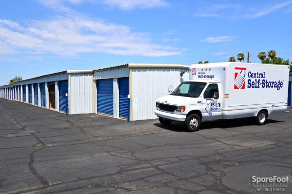 Central Self Storage - 67th Ave 7118 N 67th Ave Glendale, AZ - Photo 6