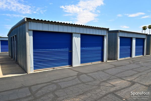 Central Self Storage - 67th Ave 7118 N 67th Ave Glendale, AZ - Photo 7