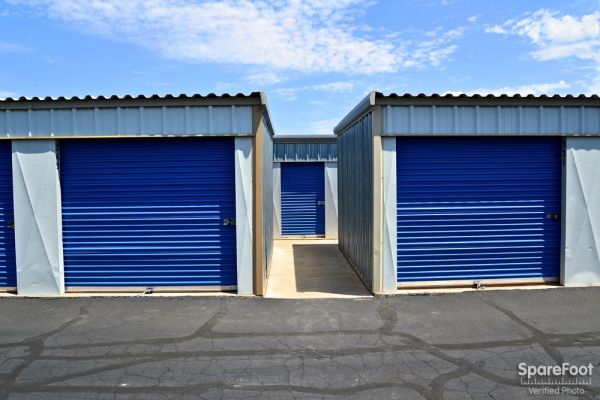 Central Self Storage - 67th Ave 7118 N 67th Ave Glendale, AZ - Photo 8