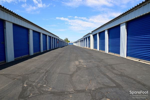 Central Self Storage - 67th Ave 7118 N 67th Ave Glendale, AZ - Photo 9