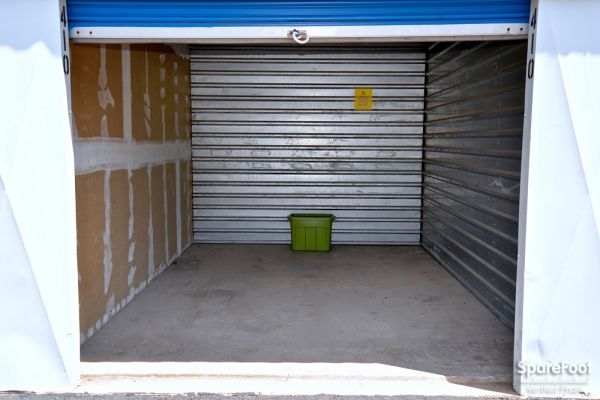 Central Self Storage - 67th Ave 7118 N 67th Ave Glendale, AZ - Photo 12