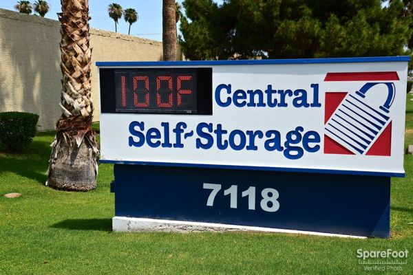 Central Self Storage - 67th Ave 7118 N 67th Ave Glendale, AZ - Photo 15