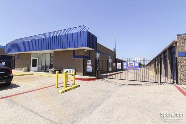 Macho Self Storage - Carrollton 1615 Vantage Dr Carrollton, TX - Photo 1