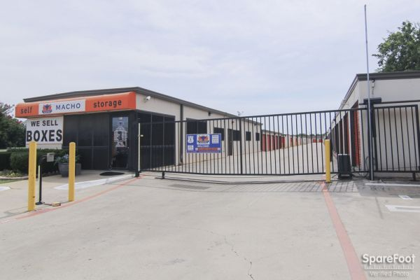 Macho Self Storage - Colleyville 6511 Colleyville Blvd Colleyville, TX - Photo 4