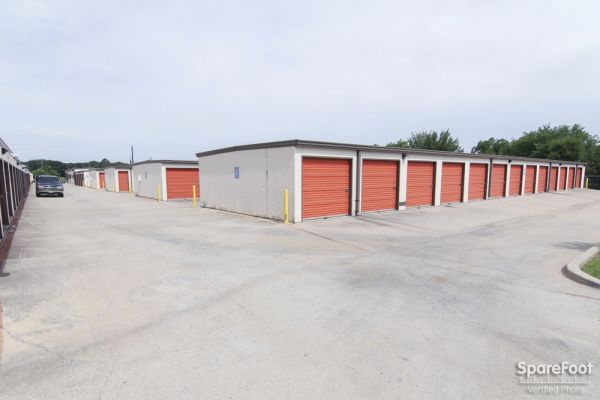 Macho Self Storage - Colleyville 6511 Colleyville Blvd Colleyville, TX - Photo 7