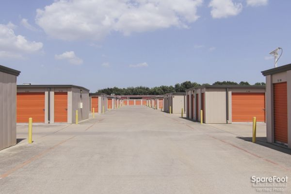 Macho Self Storage - Dallas 1750 W Northwest Hwy Dallas, TX - Photo 5