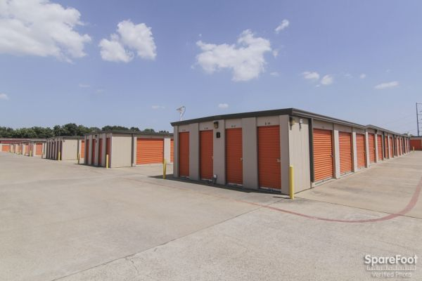 Macho Self Storage - Dallas 1750 W Northwest Hwy Dallas, TX - Photo 6