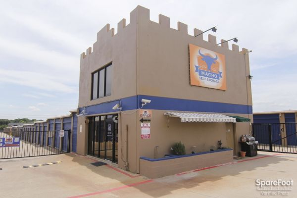 Macho Self Storage - Irving 3930 Valley View Ln Irving, TX - Photo 1