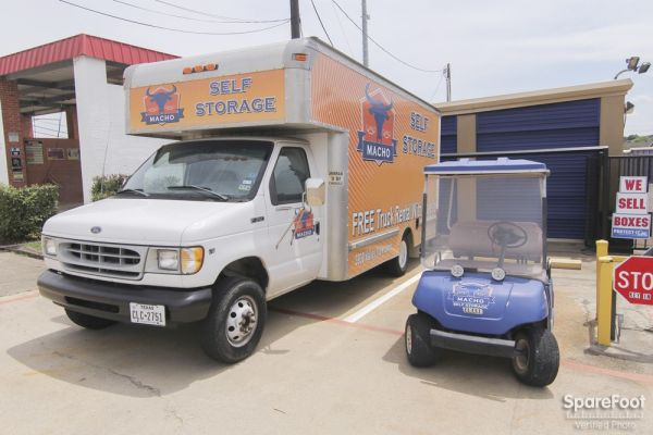 Macho Self Storage - Irving 3930 Valley View Ln Irving, TX - Photo 11