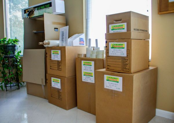 Superior ... Lockaway Storage   Encino21703 Encino Commons   San Antonio, TX   Photo  11 ...