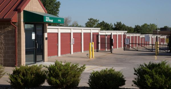 Central Self Storage - Kansas City 1702 E Kansas City Rd Olathe, KS - Photo 2