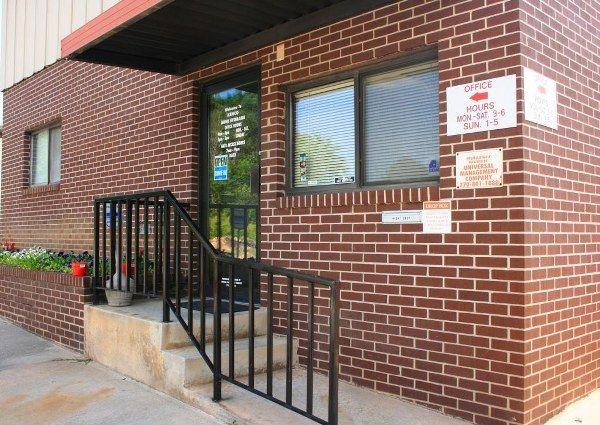 Kenco Mini Storage 5050 Charbett Dr Atlanta, GA - Photo 1