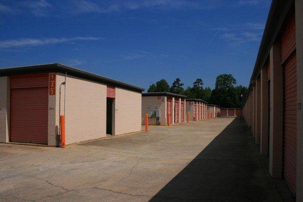 Kenco Mini Storage 5050 Charbett Dr Atlanta, GA - Photo 2