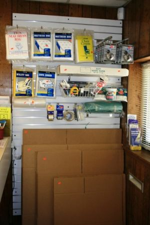 Kenco Mini Storage 5050 Charbett Dr Atlanta, GA - Photo 5