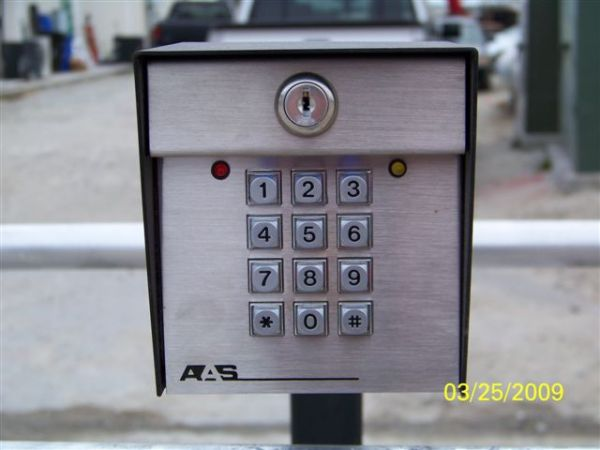 Security Mini - Storage - Salem Church 3183 Salem Church Rd Goldsboro, NC - Photo 3