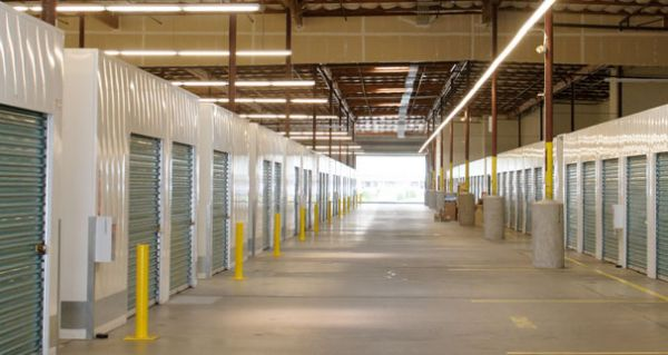 Security Public Storage - Sacramento 4 7301 Franklin Blvd Sacramento, CA - Photo 1