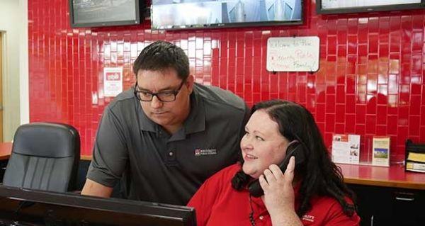 Security Public Storage - Sacramento 4 7301 Franklin Blvd Sacramento, CA - Photo 4