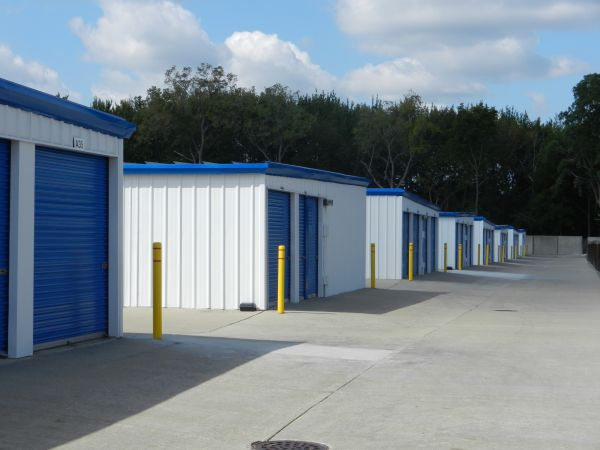 National Storage Centers - Westland on Newburgh Road 1638 South Newburgh Road Westland, MI - Photo 2