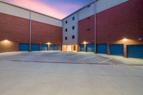 Advantage Storage - Parkwood 6720 Parkwood Blvd Plano, TX - Photo 5