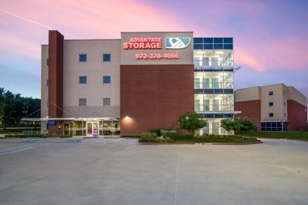 Advantage Storage - Parkwood 6720 Parkwood Blvd Plano, TX - Photo 8