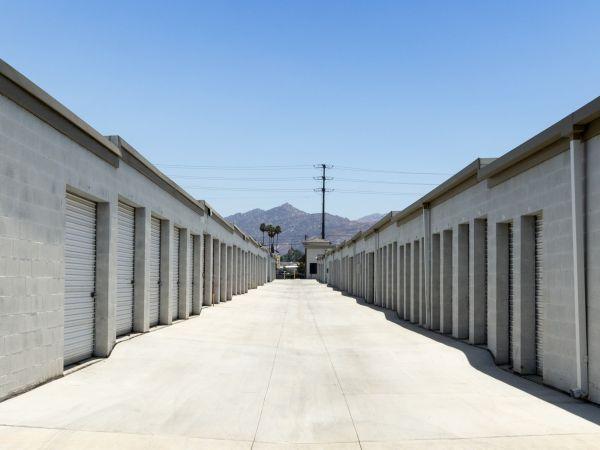 Tri City Storage 485 W La Cadena Dr Riverside, CA - Photo 4