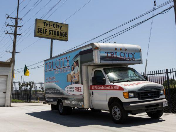 Tri City Storage 485 W La Cadena Dr Riverside, CA - Photo 8