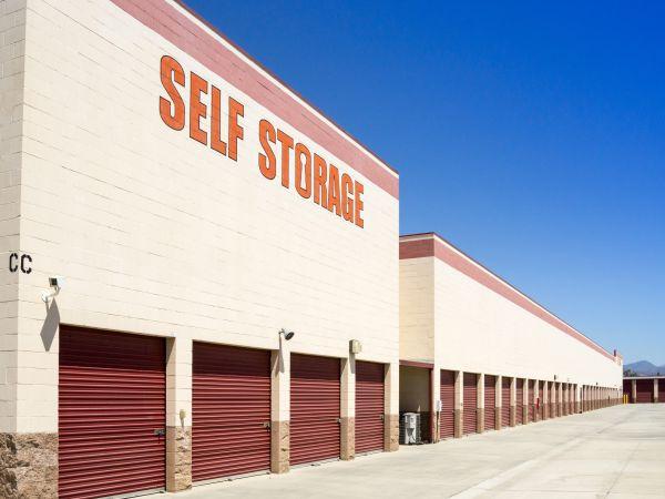 Beaumont Self Storage 190 E 1st St Beaumont, CA - Photo 3