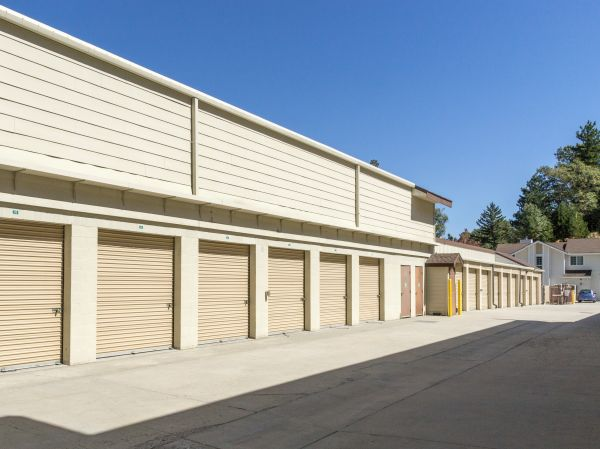 Arrowhead Self Storage - Rimforest - 26677 State Hwy 18 26677 State Hwy 18 Rimforest, CA - Photo 3