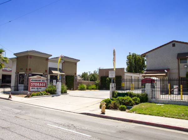 Riverside Self Storage - 7200 Indiana Ave 7200 Indiana Ave Riverside, CA - Photo 2