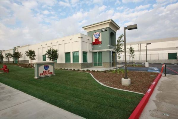 I-5 Self Storage 2631 Michelle Dr Tustin, CA - Photo 12