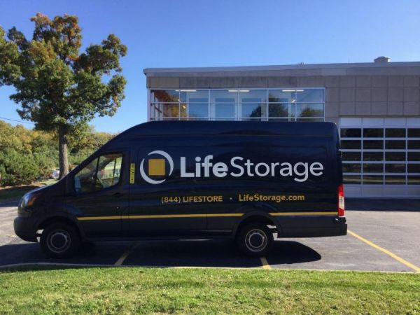 Life Storage - Lake Forest 1400 S Skokie Hwy Lake Forest, IL - Photo 5