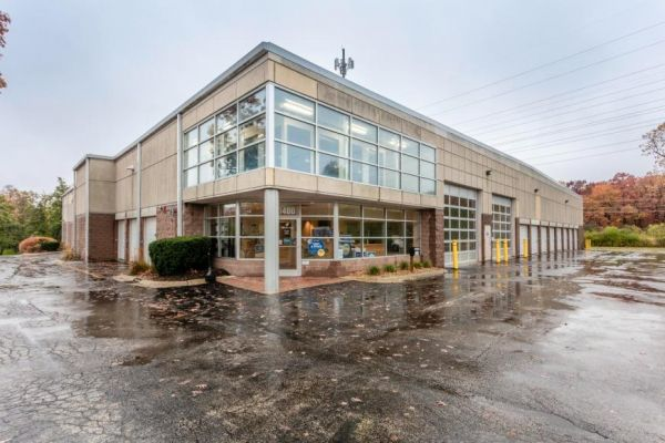 Life Storage - Lake Forest 1400 S Skokie Hwy Lake Forest, IL - Photo 6