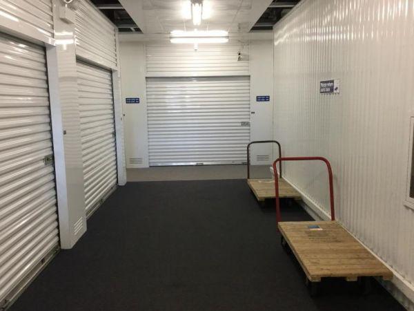 Life Storage - Schaumburg 1401 N Plum Grove Rd Schaumburg, IL - Photo 8