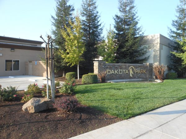 Dakota Park Storage 3515 W Dakota Ave Fresno, CA - Photo 1
