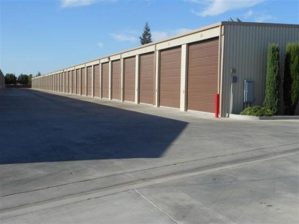 Dakota Park Storage 3515 W Dakota Ave Fresno, CA - Photo 6