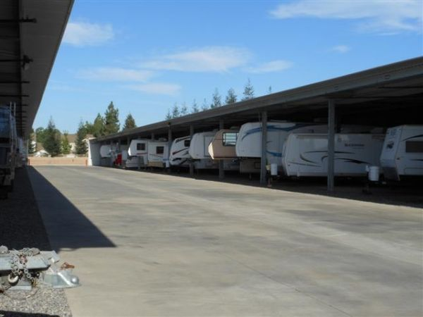 Dakota Park Storage 3515 W Dakota Ave Fresno, CA - Photo 7