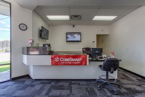 CubeSmart Self Storage - Houston - 15707 Bellaire Blvd 15707 Bellaire Blvd Houston, TX - Photo 1