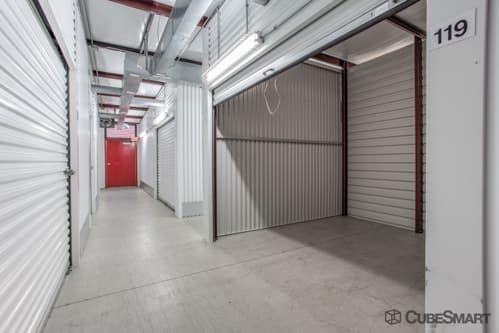 CubeSmart Self Storage - Houston - 15707 Bellaire Blvd 15707 Bellaire Blvd Houston, TX - Photo 6