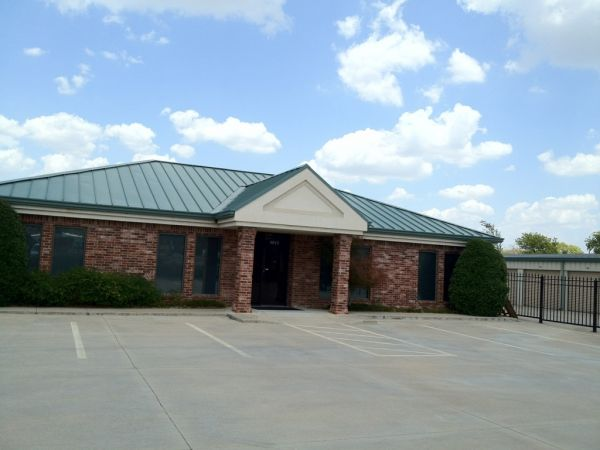 Storemore Self Storage 3015 N Highway 167 Catoosa, OK - Photo 1