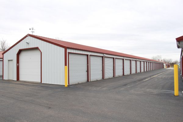 Add Lock Storage 6227 Hamilton Lebanon Rd Middletown, OH - Photo 9
