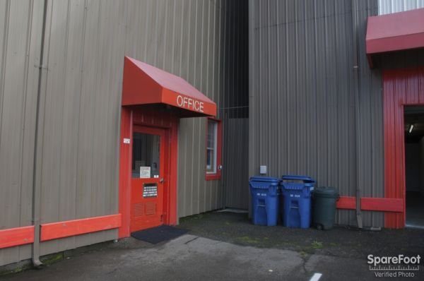 A-1 Self Storage, LLC 2648 15th Ave W Seattle, WA - Photo 2