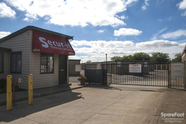 Secur-It Personal Storage 435 Georgesville Rd Columbus, OH - Photo 0