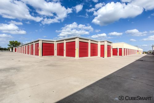 CubeSmart Self Storage - Allen 1717 Angel Pky Allen, TX - Photo 6