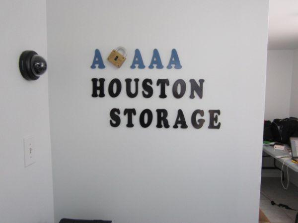 ... A AAA Houston Storage7625 N Loop E Fwy   Houston, TX   Photo 0 ...
