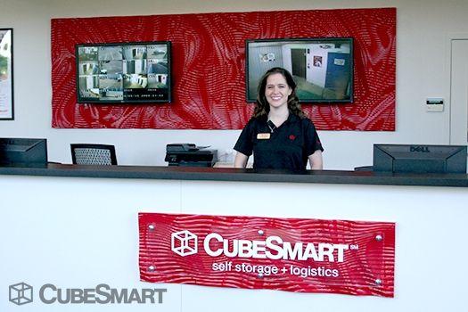 CubeSmart Self Storage - Alexandria 4650 Eisenhower Ave Alexandria, VA - Photo 3