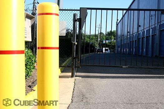 CubeSmart Self Storage - Alexandria 4650 Eisenhower Ave Alexandria, VA - Photo 5
