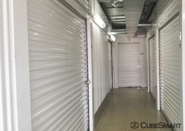 CubeSmart Self Storage - Pearland - 1919 E Broadway St 1919 E Broadway St Pearland, TX - Photo 4