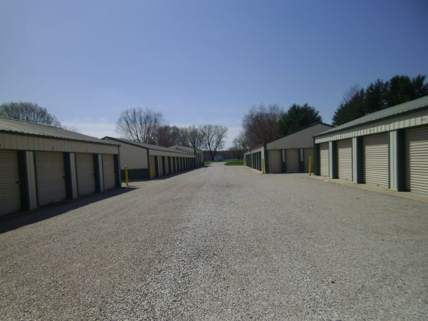 Foxes Den Self Storage - SR 37 Martinsville North 3430 Egbert Rd Martinsville, IN - Photo 0