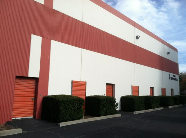 StorCal Self Storage - Thousand Oaks 2501 W Hillcrest Dr Thousand Oaks, CA - Photo 2